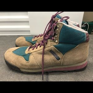 Merrell Vail Gray Suede Leather Air Cushion Boots